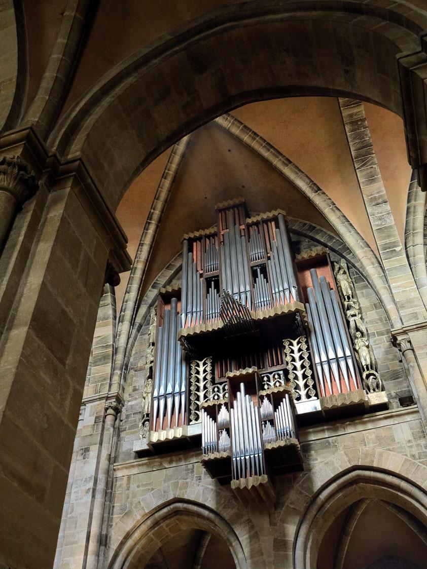 Bamberger Dom, Orgel im Mittelschiff