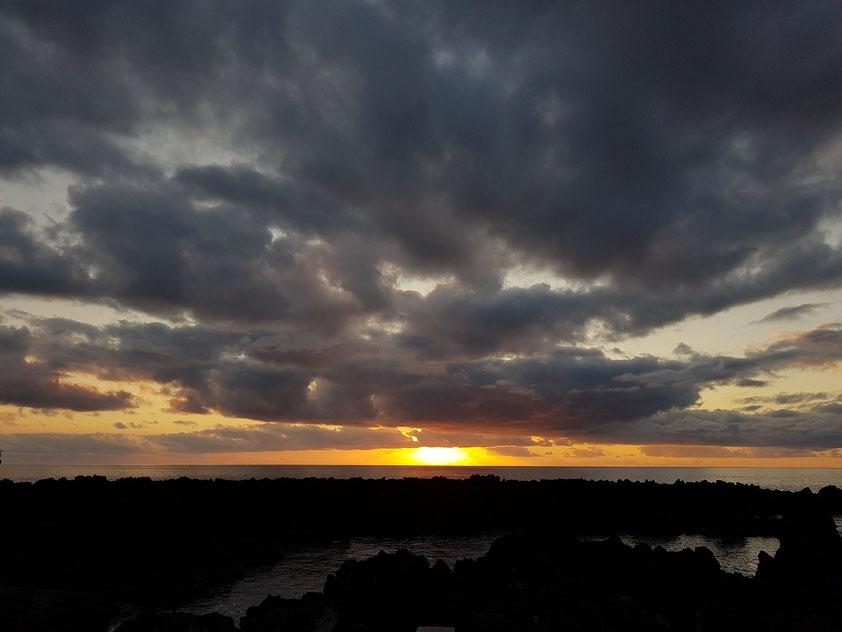 Sonnenuntergang in Fajã Grande