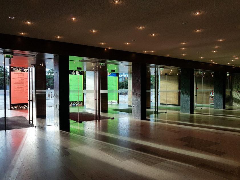 Grand Théâtre de la Ville de Luxembourg, Eingang