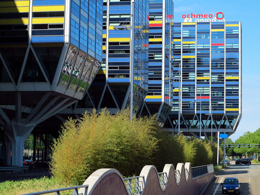 Leiden, bunte Architektur am Schipholweg