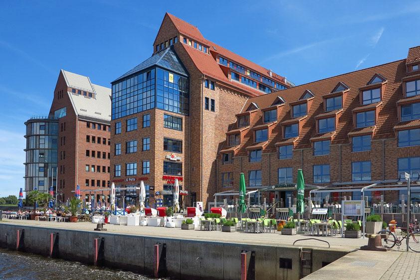 Rostock. Speichergebäude im Stadthafen