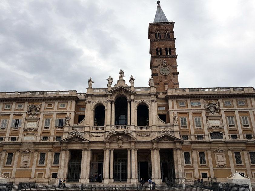 Basilica Papale di Santa Maria Maggiore, Hauptfassade von Osten