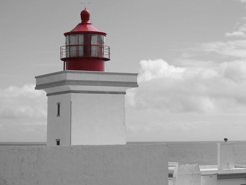Leuchtturm an der Baía das Caninhas im Südosten von Terceira