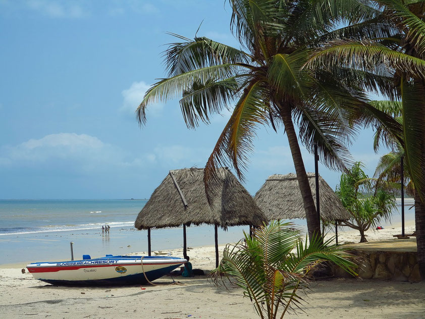 Am Strand des Sunrise Beach Resort