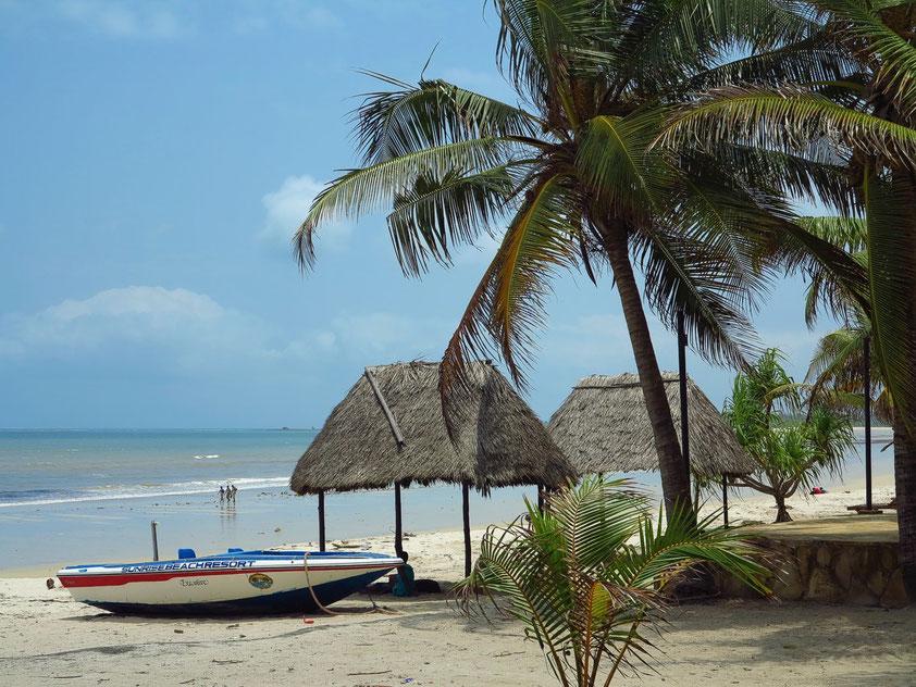 Am Strand des Sunrise Beach Resort