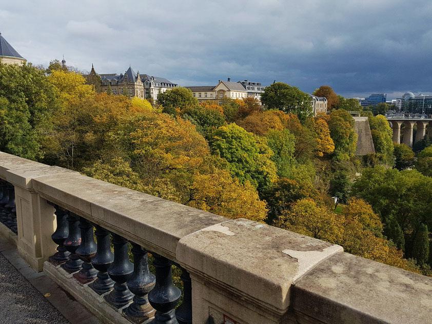 Stadt Luxemburg, Blick auf das Tal der Alzette