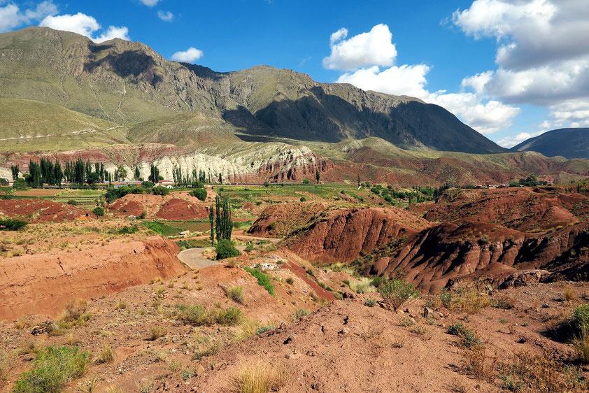 Berglandschaft nördlich von Potosí (Zufahrt zum Thermabad Tarapaya)