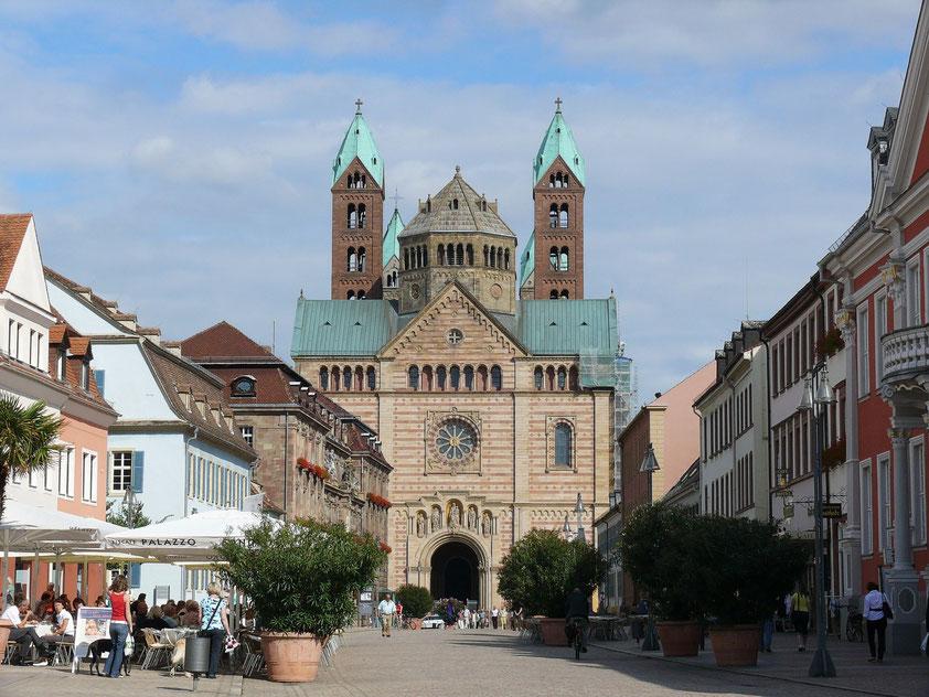 Der Kaiserdom zu Speyer, Westfassade (Aufnahme von 2008)