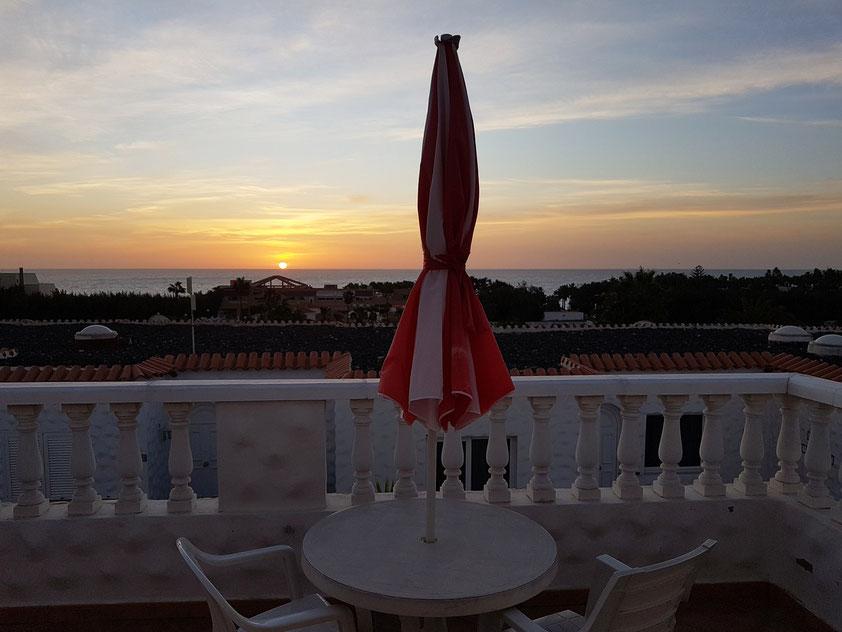 Sonnenaufgang an der Costa Calma, Blick von unserem Balkon des Apartements A8 (Urbanizacion Solymar Jasmin)