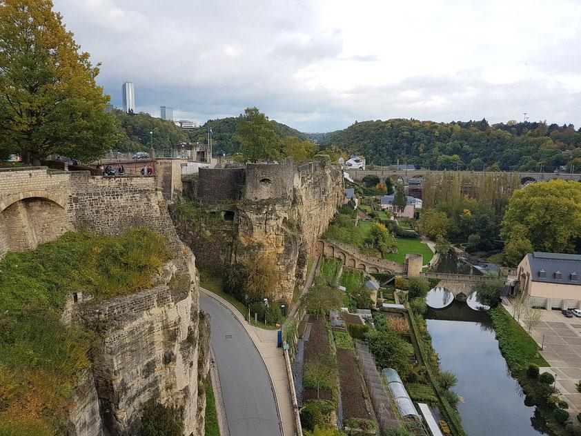 Luxemburg, Blick nach Osten zu den Kasematten (Casemates du Bock)