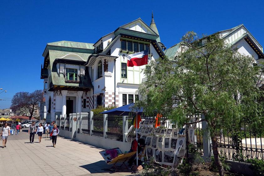Valparaíso, Palacio Barburizza von 1916 auf dem Cerro Alegre, heute Museo Municipal de Bellas Artes de Valparaíso