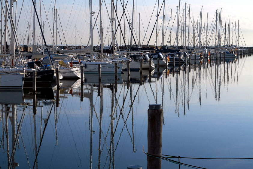 Yachthafen Warnemünde Hohe Düne, Morgenstimmung um 07:00 Uhr