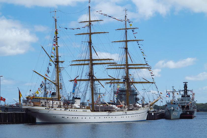 Kiel, Segelschulschiff im Tirpitzhafen
