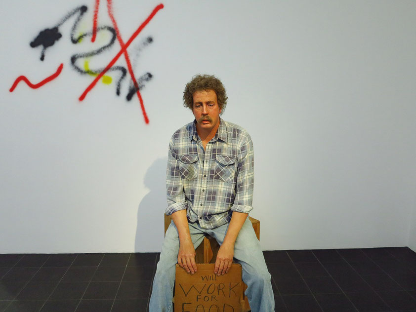 Duane Hanson: Homeless Person, 1991. Kunststoff mit Ölfarbe polychromiert, Accessoires
