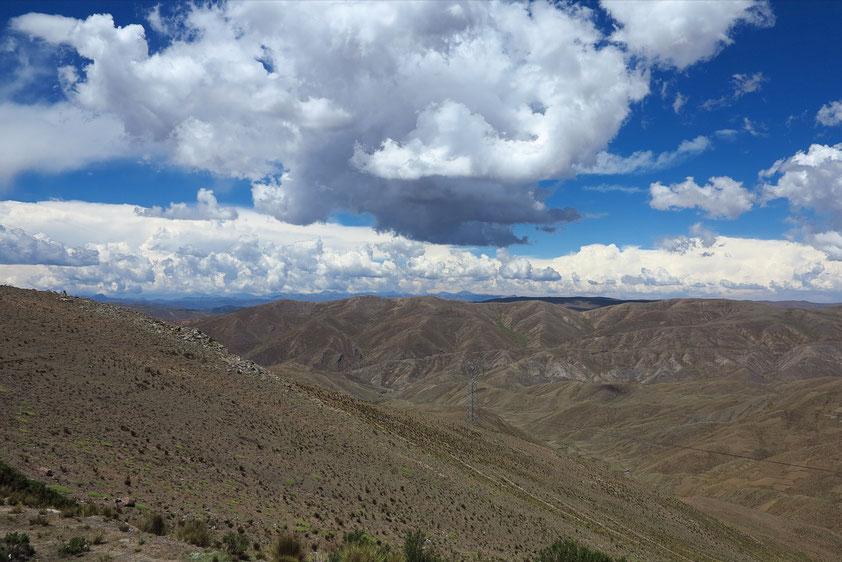 Passhöhe bei La Cumbre ( 4 495 m), zwischen Caracollo und Cochabamba