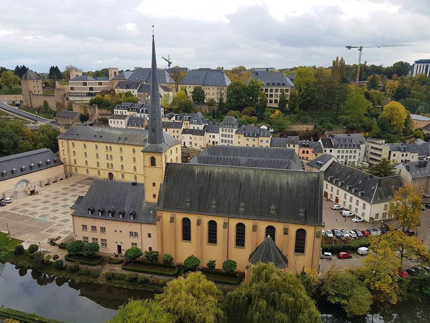 Luxemburg, Abtei Neumünster im Stadtteil Grund am Ufer der Alzette