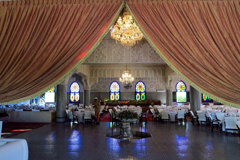 Mittagessen am Stadtrand von Marrakesch