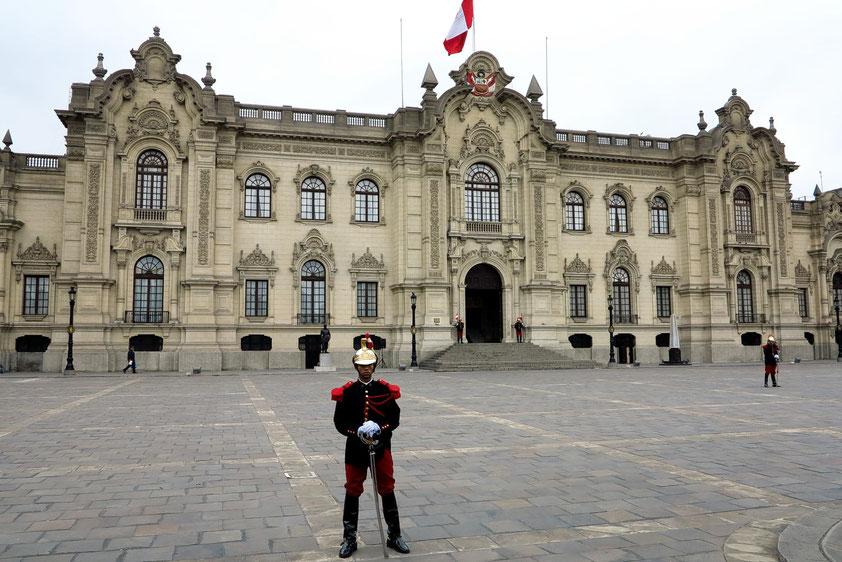 Lima, Perus Regierungspalast im neobarocken Stil