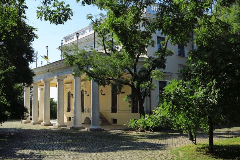 Klassizistischer Palast des Grafen Woronzow mit Säulenfassade, 1828, ein Werk von Franesco Boffo