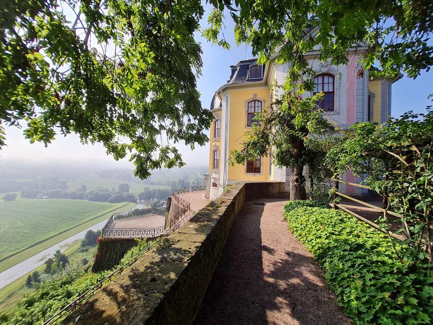 Dornburger Rokokoschloss, galantes Lustschloss des 18. Jahrhunderts über dem Saaletal
