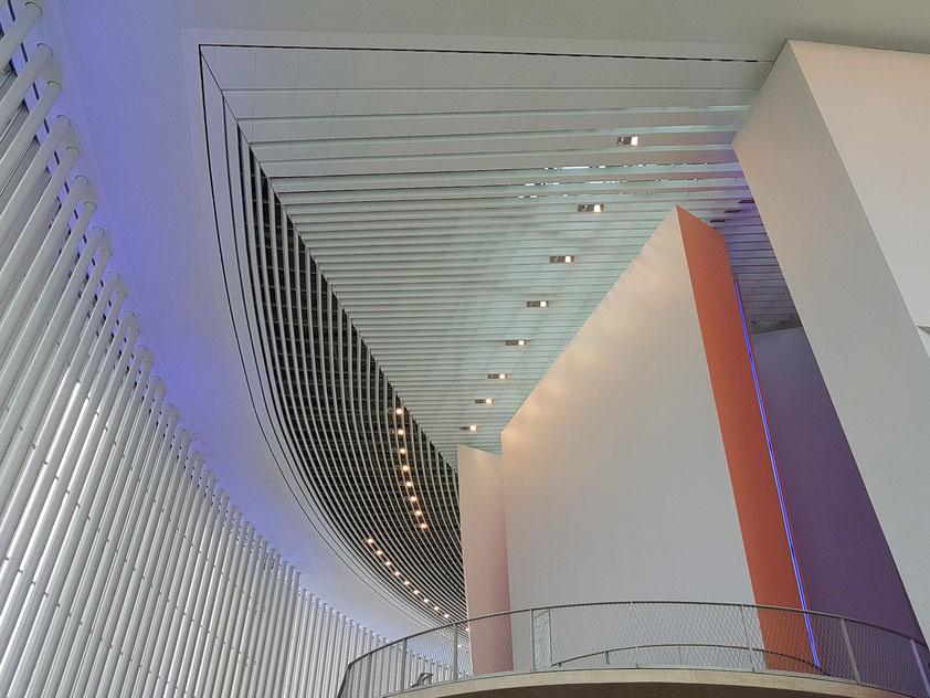 Philharmonie Luxemburg, Decke des Foyers