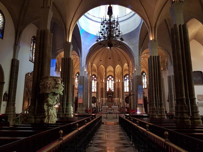 Kathedrale, Blick zum Hauptaltar