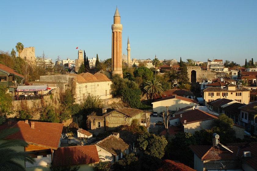 Antalya, Yivli-Minare-Moschee mit gefurchtem Minarett, 13. Jahrhundert