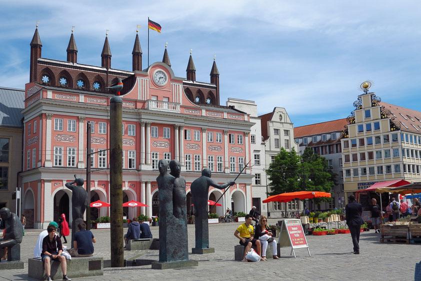 Rathaus von Rostock mit barocker Fassade von 1727