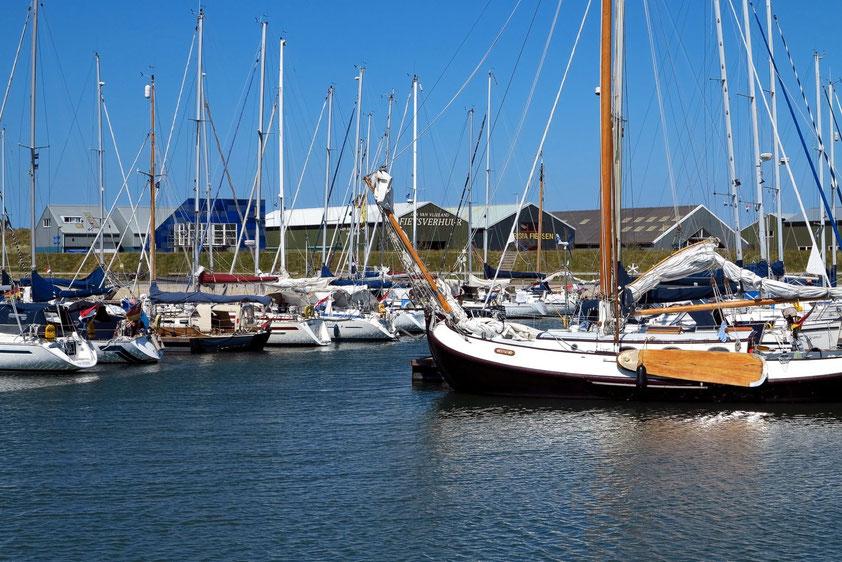 Der im Jahr 2007 neu angelegte Hafen für Segel- und Motoryachten