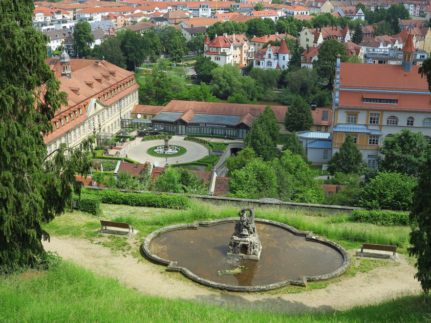 Blick vom Benediktinerweg auf das Residenzschloss Bamberg (Hotel)