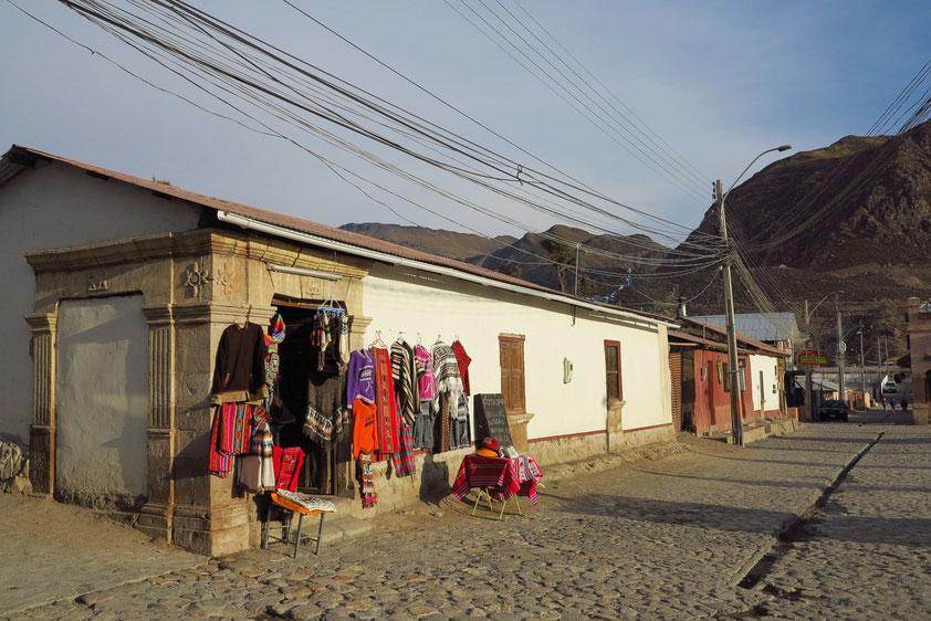 Die Kleinstadt Putre (2200 Einwohner) liegt auf 3650 Metern Höhe und bildet den Eingang zum Nationalpark Lauca.