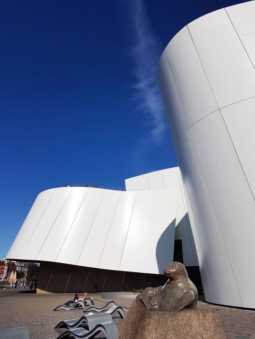 Ozeaneum in Stralsund - Die Welt der nördlichen Meere, Behnisch Architekten, 2008