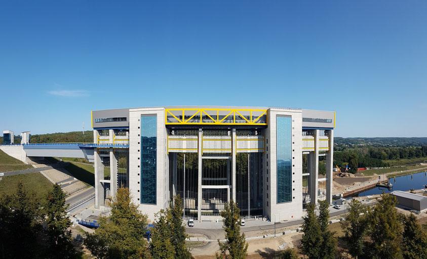 Panorama des Neuen Schiffshebewerks Niederfinow am 14.9.2020 (noch nicht fertiggestellt) neben dem Alten Schiffshebewerk