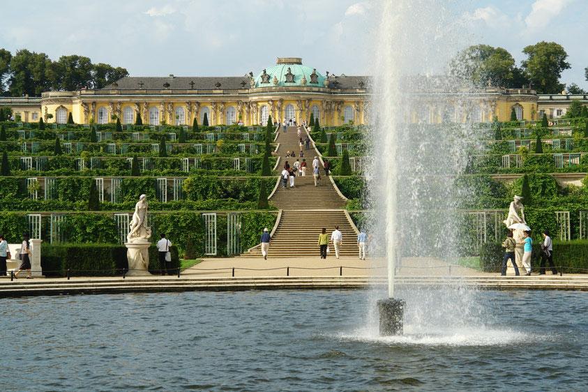 Südseite des Schlosses Sanssouci (7.9.2006)