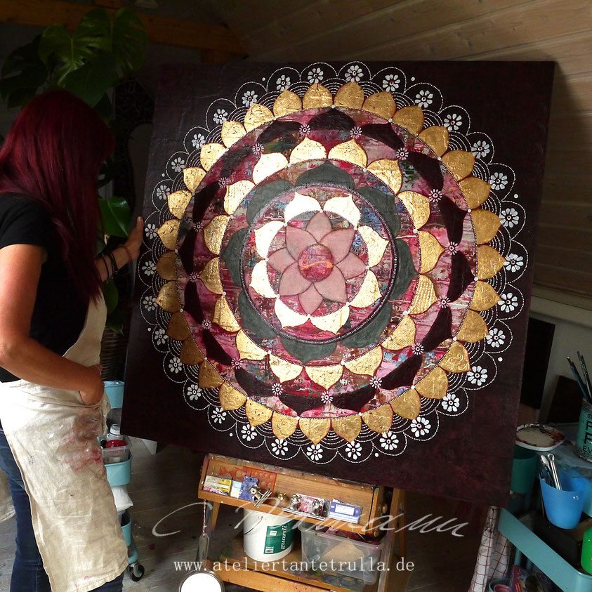Mandala mit Blattgold work in progress