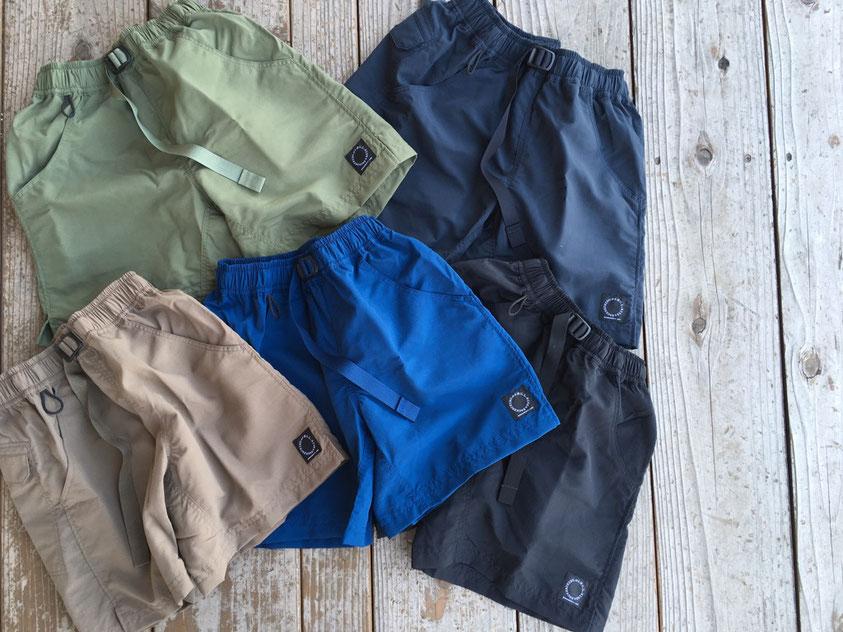 山と道(ヤマトミチ) 5-Pockets Shorts 各¥12,960(税込)