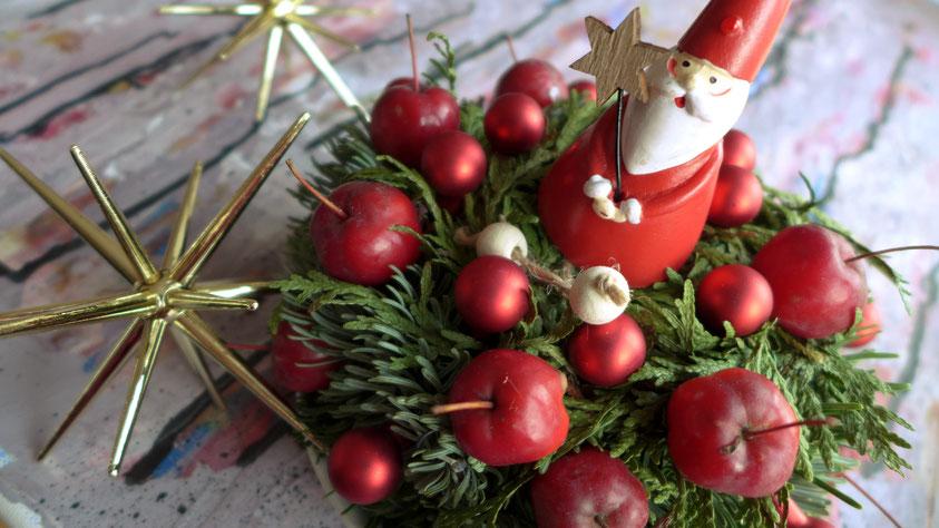Weihnachtliche Apfelschale