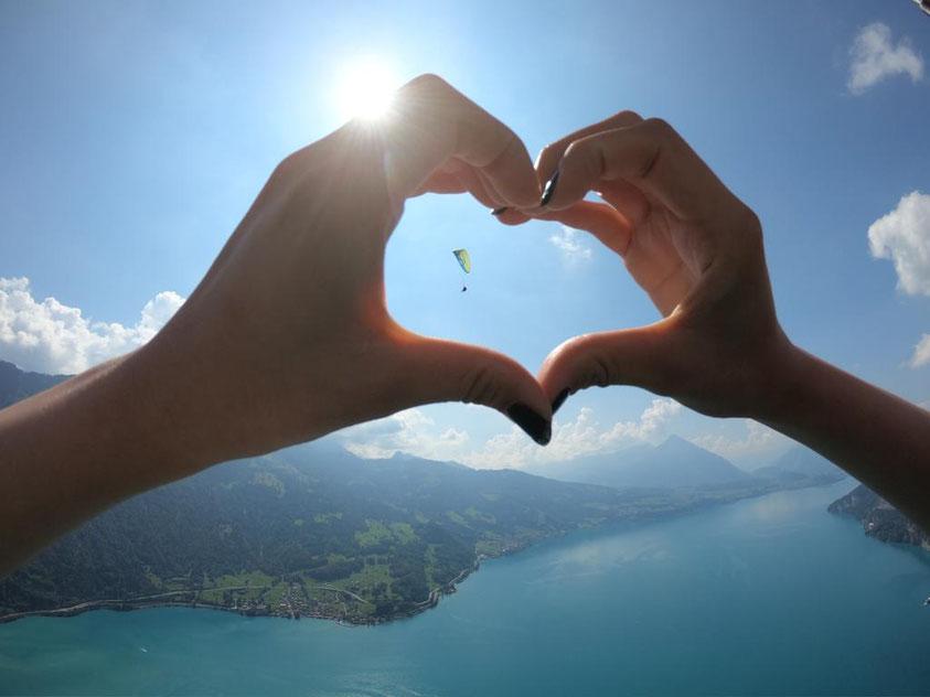 Interlaken paragliding love