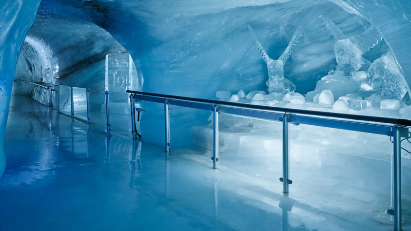 Jungfraujoch top of Europe ice cave and sculptures
