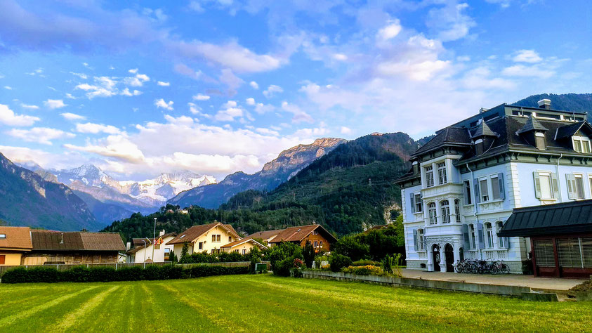 Interlaken Adventure hostel Swiss Villa Hostel view Jungfrau