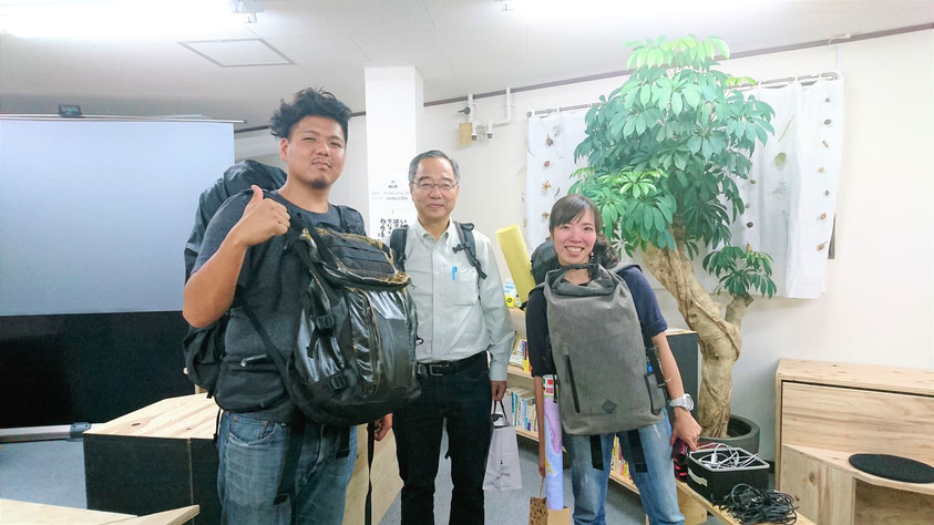 生田ご夫妻と、芳貴さんのお父様の勝さん