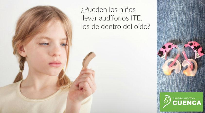 ¿Pueden los niños llevar audífonos de los pequeños, dentro del oído?