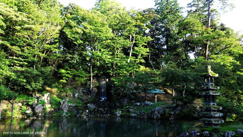 Les  6 vertus d'un jardin japonais parfait, photo non libre de droits
