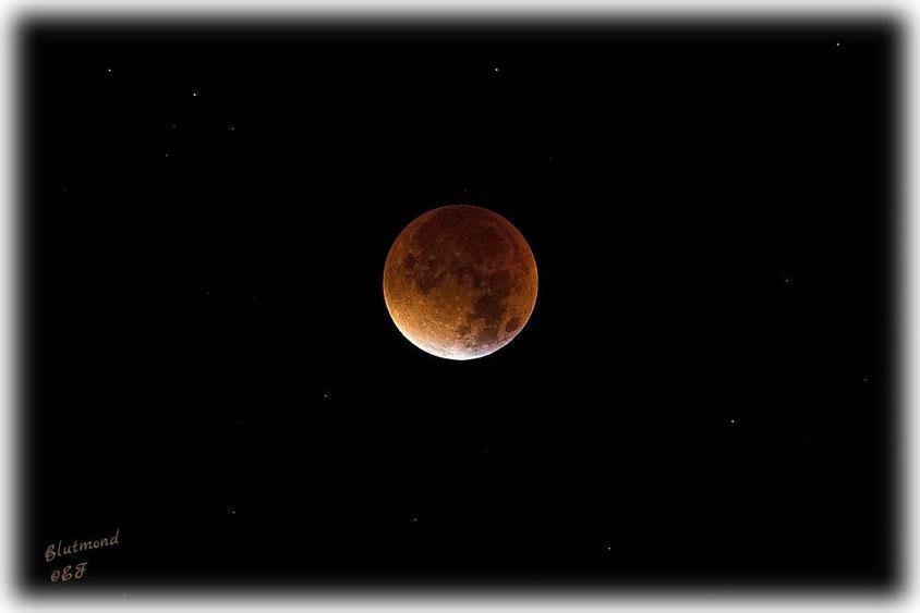 Wenn der Mond im Schatten steht