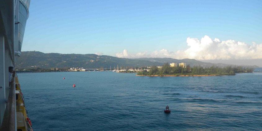 Hafeneinfahrt von Montego Bay auf Jamaika