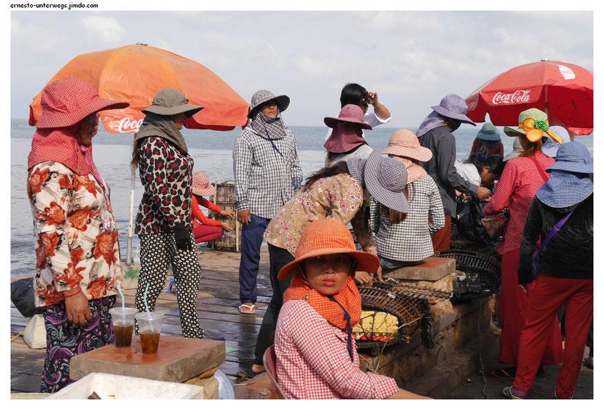 Auf dem Krabbenmarkt in Kep