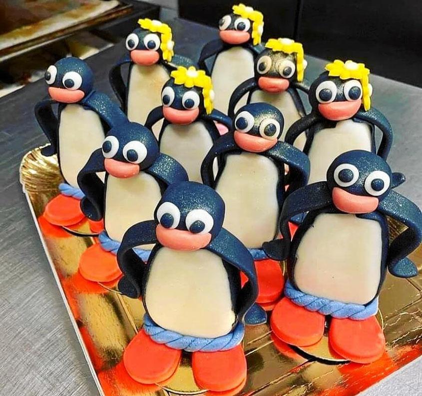 Pinguin-Gebäck und Kuchen