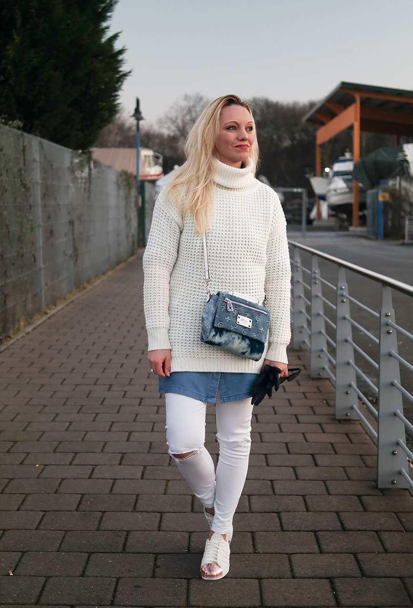White Denim Winter Look with Adidas Superstars | Hot-Port.de | Lifestyle & Fashion Blog