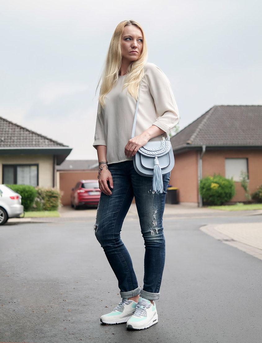 Fresh Air Max 90 Destroyed Spring Look | hot-port.de | 30+ Fashion & Lifestyle Blog