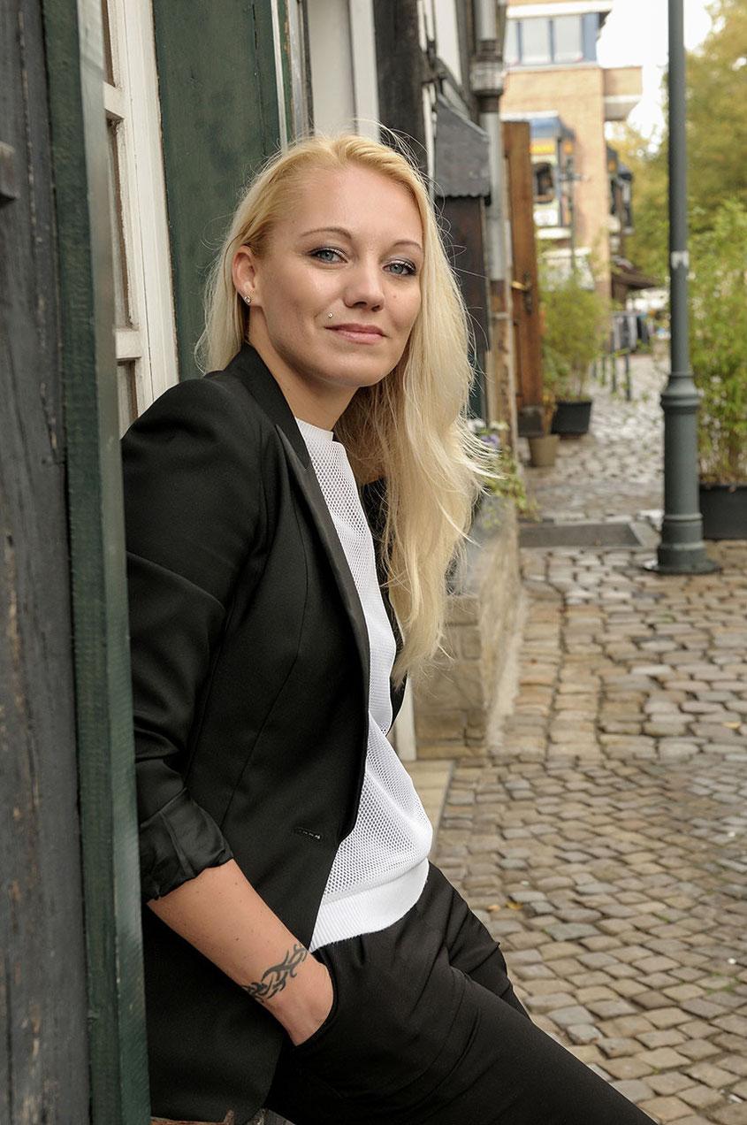 Franny Feminin Dandy Look | Smart Business Outfit